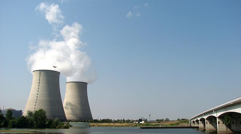 Centrale_nucléaire - L'Incorrect
