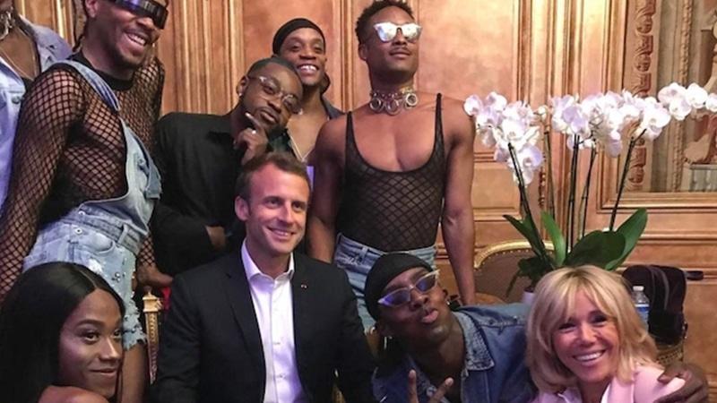"""Résultat de recherche d'images pour """"macron et des travestis africains"""""""