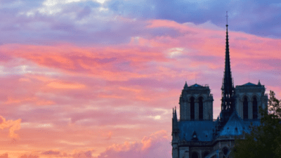 Notre-Dame calcinée, Notre-Dame humiliée, Notre-Dame ressuscitée ! <img class='plus-nav-icon-menu icon-img' src='https://lincorrect.org/wp-content/uploads/2020/07/logo-article-small.png' style='height:20px;'>