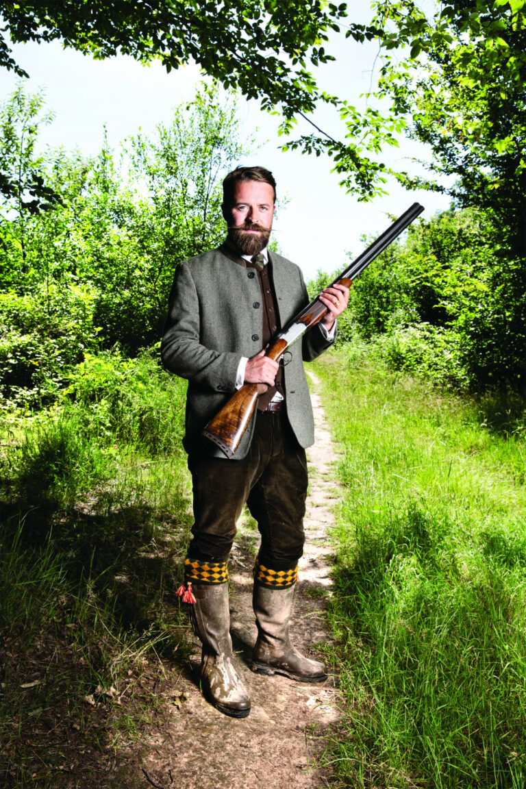 Paul-Etienne Kauffmann : Le chasseur français <img class='plus-nav-icon-menu icon-img' src='https://lincorrect.org/wp-content/uploads/2020/07/logo-article-small.png' style='height:20px;'>