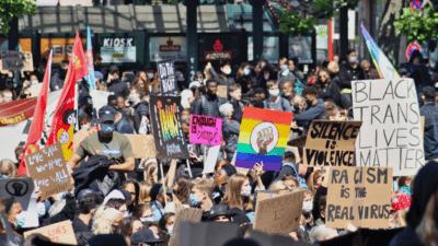 Comment je me suis aperçu que j'étais devenu fasciste – et pire, ringard