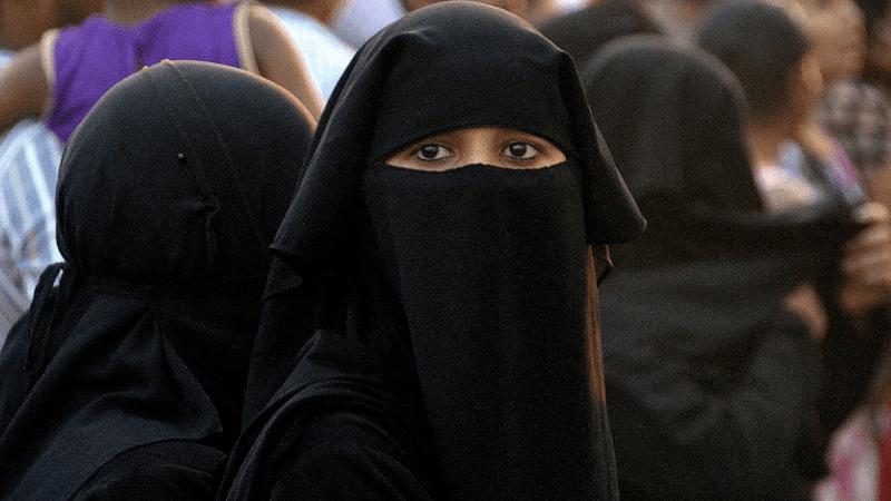 Révélations : Les ex-musulmans convertis en France ou l'enfer des persécutions Burqa