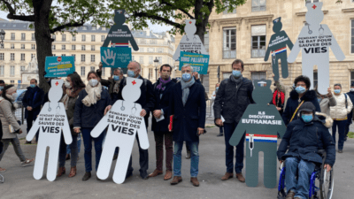 « Soulager mais pas tuer » se mobilise contre l'euthanasie <img class='plus-nav-icon-menu icon-img' src='https://lincorrect.org/wp-content/uploads/2020/07/logo-article-small.png' style='height:20px;'>