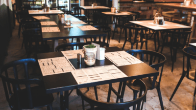 Restaurants clandestins : « Tu viens mais tu te tais ! » <img class='plus-nav-icon-menu icon-img' src='https://lincorrect.org/wp-content/uploads/2020/07/logo-article-small.png' style='height:20px;'>
