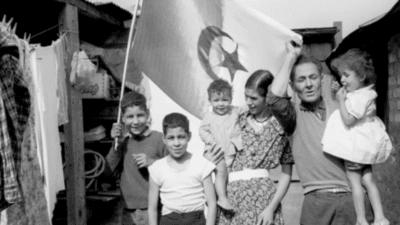 Premières générations d'immigrés : vous avez dit irréprochables ? <img class='plus-nav-icon-menu icon-img' src='https://lincorrect.org/wp-content/uploads/2020/07/logo-article-small.png' style='height:20px;'>