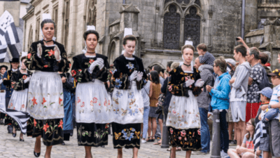 Langues régionales : le paradoxe breton <img class='plus-nav-icon-menu icon-img' src='https://lincorrect.org/wp-content/uploads/2020/07/logo-article-small.png' style='height:20px;'>